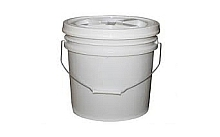 2 gallon bucket of caulk